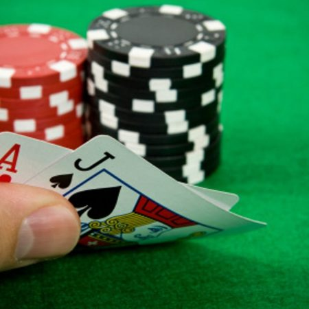 These Are The Helpful Tips to Win in Blackjack For Beginners