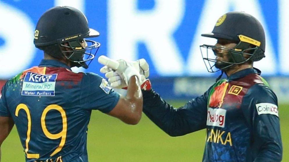 Dhananjaya de Silva and Akila Dananjaya help Sri Lanka in level series