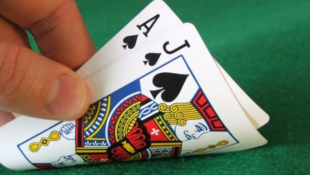 How To Play Blackjack Card Game And strategies To Wi