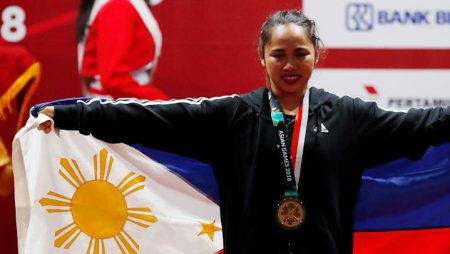 Hidilyn Diaz wins first ever Olympic gold for the Philippines in Weightlifting