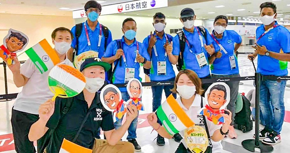 Indian athletes arrive in Delhi after the historic Tokyo Olympic Games