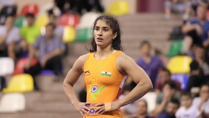 Vinesh Phogat apologizes to the Wrestling Federation of India