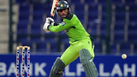"""Abdul Razzaq says """"I don't think India can compete with Pakistan"""" in T20 World Cup 2021"""