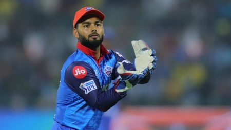 """Avesh Khan says """"The entire credit goes to Rishabh Pant"""" in IPL 2021"""