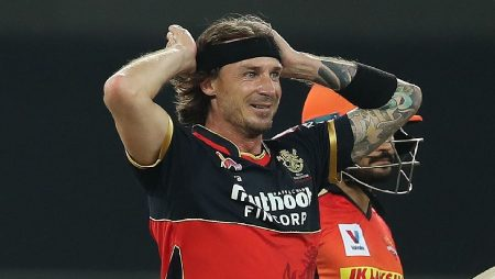 """Dale Steyn says """"We've seen it happen to Warner and it can happen to many other players too"""" for Suresh Raina: IPL 2021"""