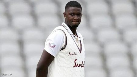 """Jason Holder says """"He's been giving us quite a hard time in training"""" on Umran Malik: IPL 2021"""